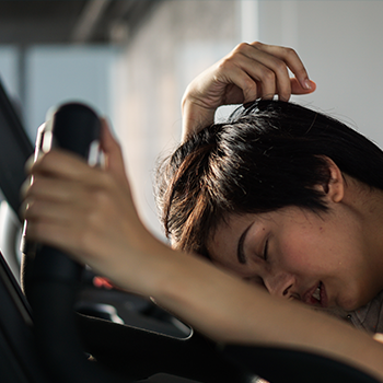 Putting Idiopathic Hypersomnia Treatment Challenges to Rest: The Latest Evidence on the Safety and Efficacy of Emerging Therapies